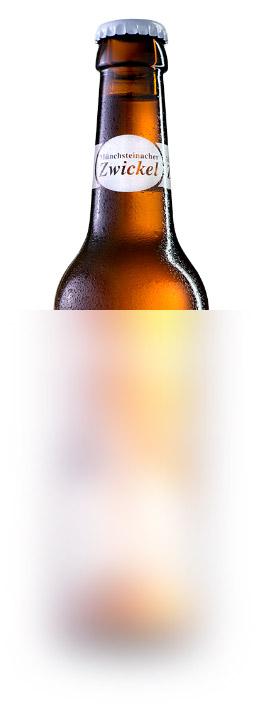 Zwickel PilsIn der Münchsteinacher Traditionsflasche überzeugt das Zwickel Pils durch seine ursprüngliche Brauart.