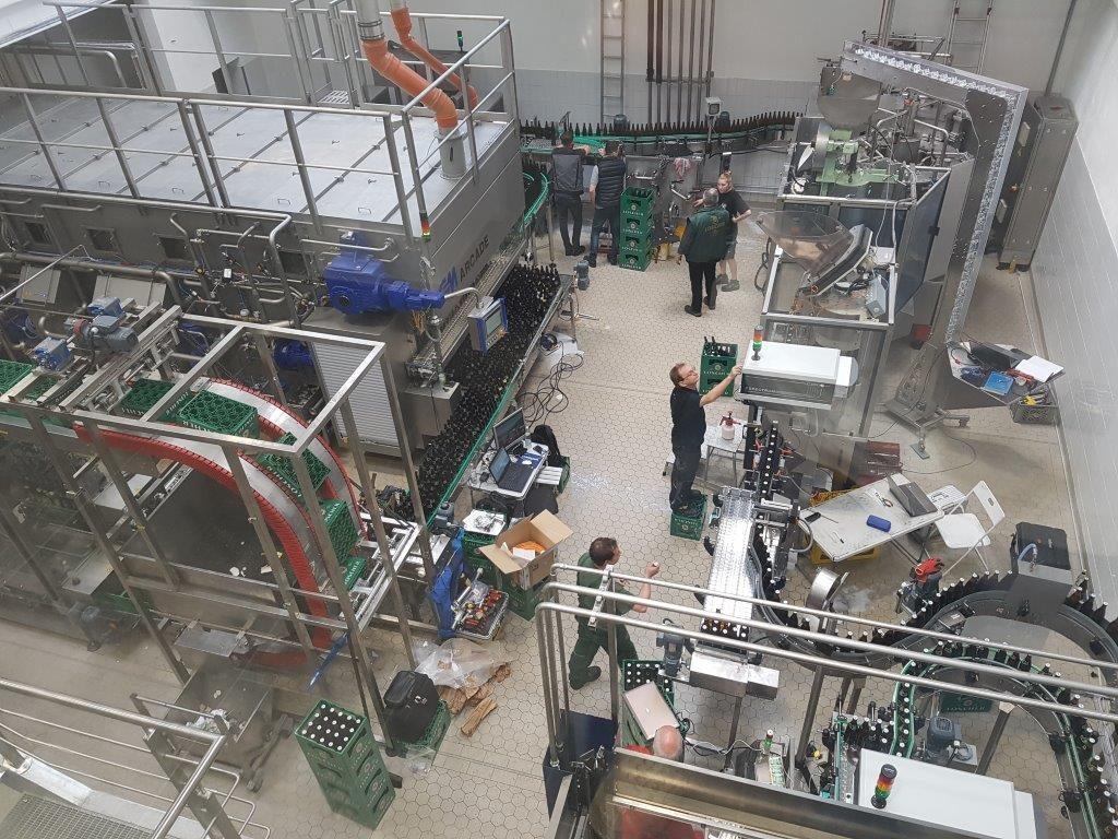 Die neue Produktionsstraße in der Füllerei 1 wird in Betrieb genommen